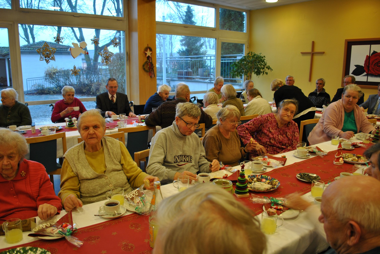 Coole Weihnachtsfeier.Weihnachtsfeier Im Brk Heim Brk Seniorenheim Wohnheim Pflegeheim