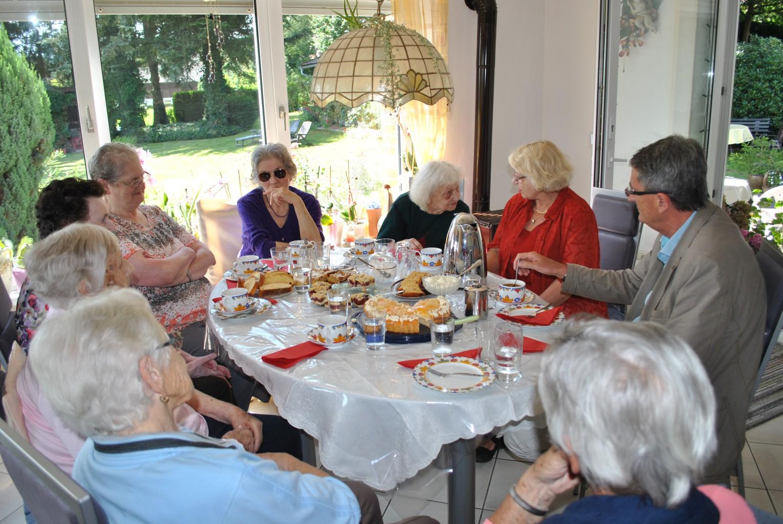 Unterwegs In Der Gemeinde Tiefenbach
